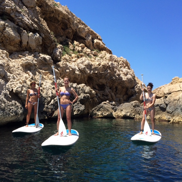 Explorando Ibiza desde el mar con SUP Yoga (Stan Up Paddle Surf)